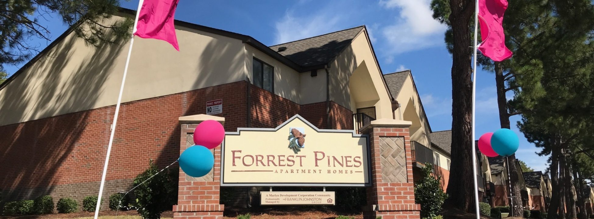 Forrest Pines Apartment & Townhomes